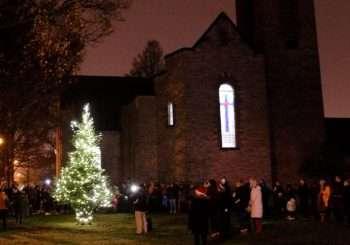 Community Tree Lighting – Sunday 1st December